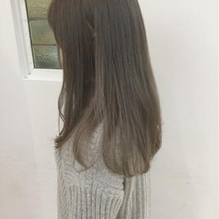 セミロング ミルクティー 大人かわいい 透明感 ヘアスタイルや髪型の写真・画像