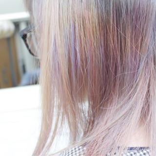 ナチュラル セミロング 透明感 インナーカラー ヘアスタイルや髪型の写真・画像 ヘアスタイルや髪型の写真・画像