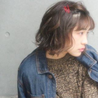 小顔 こなれ感 色気 くせ毛風 ヘアスタイルや髪型の写真・画像