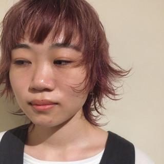 ストリート ミディアム ウルフカット ブリーチ ヘアスタイルや髪型の写真・画像