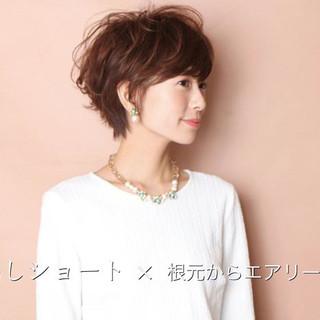 田丸麻紀 ショート 辺見えみり 40代 ヘアスタイルや髪型の写真・画像
