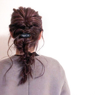 結婚式 ミディアム 簡単ヘアアレンジ ナチュラル ヘアスタイルや髪型の写真・画像 ヘアスタイルや髪型の写真・画像