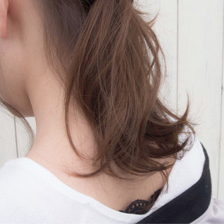 ベージュ ポニーテールアレンジ ナチュラル ヘアアレンジ ヘアスタイルや髪型の写真・画像 ヘアスタイルや髪型の写真・画像