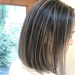 バレイヤージュ ユニコーンカラー ナチュラル インナーカラー ヘアスタイルや髪型の写真・画像