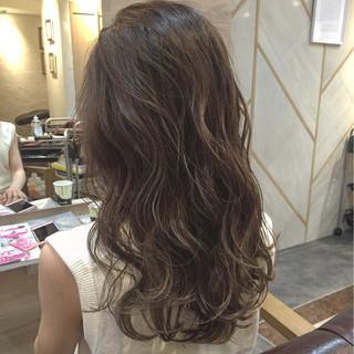アッシュ 渋谷系 グレージュ ロング ヘアスタイルや髪型の写真・画像