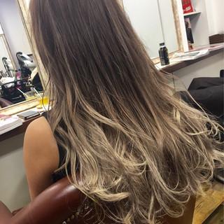 グラデーションカラー ダブルカラー ロング 外国人風 ヘアスタイルや髪型の写真・画像
