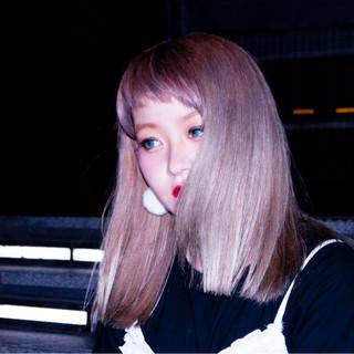 ガーリー ベージュ 渋谷系 外ハネ ヘアスタイルや髪型の写真・画像