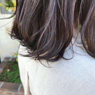 外ハネボブ ベージュ 外ハネ ミディアム ヘアスタイルや髪型の写真・画像