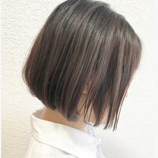 グレージュ バレイヤージュ ハイライト デート ヘアスタイルや髪型の写真・画像