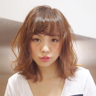 ルーズ くせ毛風 ストリート ラフ ヘアスタイルや髪型の写真・画像