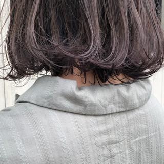 ラベンダーカラー ミニボブ グレージュ 透明感カラー ヘアスタイルや髪型の写真・画像