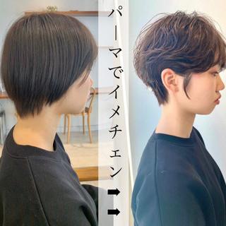 ベリーショート ショートヘア ウルフカット 切りっぱなしボブ ヘアスタイルや髪型の写真・画像