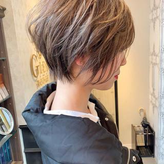 ヘアカラー ショートボブ ミルクティーベージュ ナチュラル ヘアスタイルや髪型の写真・画像 ヘアスタイルや髪型の写真・画像