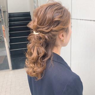 ヘアアレンジ デート アンニュイほつれヘア 簡単ヘアアレンジ ヘアスタイルや髪型の写真・画像 ヘアスタイルや髪型の写真・画像