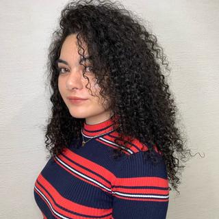 ストリート 外国人風 セミロング 派手髪 ヘアスタイルや髪型の写真・画像