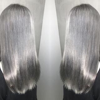 ストリート グラデーションカラー ロング グレージュ ヘアスタイルや髪型の写真・画像
