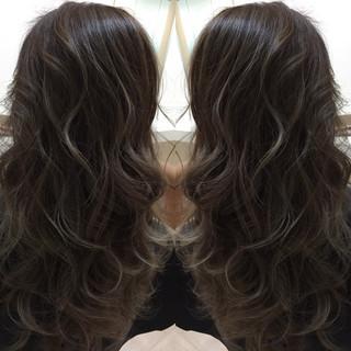 グラデーションカラー アッシュ ナチュラル ハイライト ヘアスタイルや髪型の写真・画像 ヘアスタイルや髪型の写真・画像