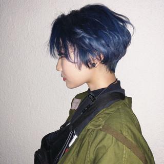 ショート ストリート ダブルカラー ショートボブ ヘアスタイルや髪型の写真・画像