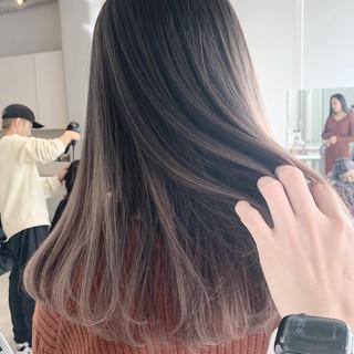透明感 ロング ミルクティーベージュ 外国人風 ヘアスタイルや髪型の写真・画像