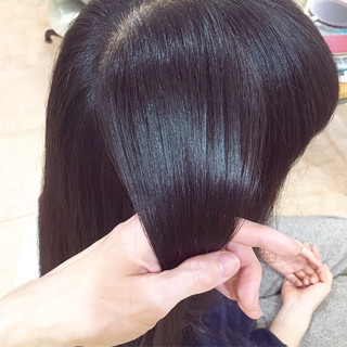 ツヤ髪 セミロング エレガント イルミナカラー ヘアスタイルや髪型の写真・画像