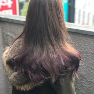 パープル グラデーションカラー ロング ブリーチ ヘアスタイルや髪型の写真・画像