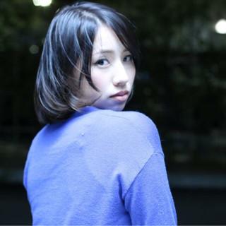 大人女子 小顔 こなれ感 ミディアム ヘアスタイルや髪型の写真・画像