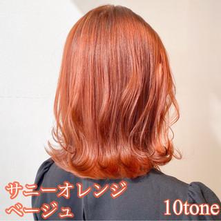 フェミニン ボブ オレンジベージュ 切りっぱなしボブ ヘアスタイルや髪型の写真・画像