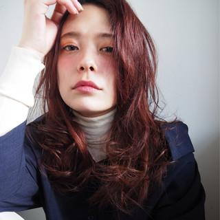 日本人の髪質にぴったり♪ヘアカラーが綺麗に発色しやすい「レッド」