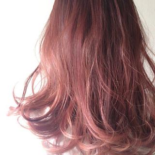 レッド フェミニン セミロング 透明感 ヘアスタイルや髪型の写真・画像