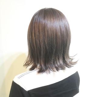 ブルージュ ショートボブ 外ハネ ナチュラル ヘアスタイルや髪型の写真・画像 ヘアスタイルや髪型の写真・画像