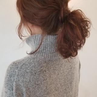 バレンタイン 簡単ヘアアレンジ インナーカラー ナチュラル ヘアスタイルや髪型の写真・画像