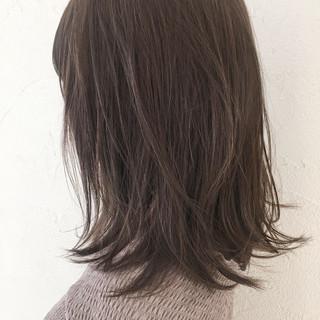 ミディアム ガーリー 外国人風 ブリーチなし ヘアスタイルや髪型の写真・画像