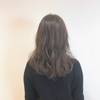 オフィス ゆるウェーブ セミロング デート ヘアスタイルや髪型の写真・画像