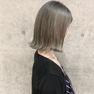 ナチュラル グラデーションカラー グレージュ ボブ ヘアスタイルや髪型の写真・画像
