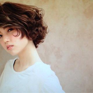 抜け感 モード ボブ ハイライト ヘアスタイルや髪型の写真・画像