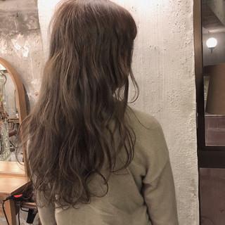 ナチュラル ロング アンニュイ ヘアアレンジ ヘアスタイルや髪型の写真・画像