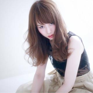 モード アンニュイ ウェーブ フェミニン ヘアスタイルや髪型の写真・画像