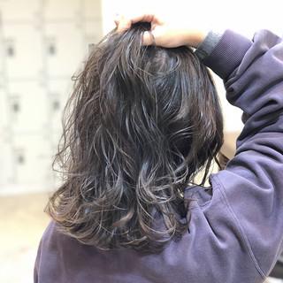 ミディアム エレガント 上品 ヘアスタイルや髪型の写真・画像 ヘアスタイルや髪型の写真・画像