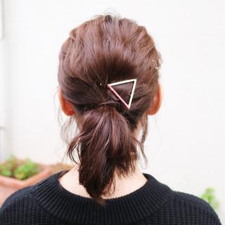 ミディアム 波ウェーブ ガーリー ヘアアレンジ ヘアスタイルや髪型の写真・画像 ヘアスタイルや髪型の写真・画像