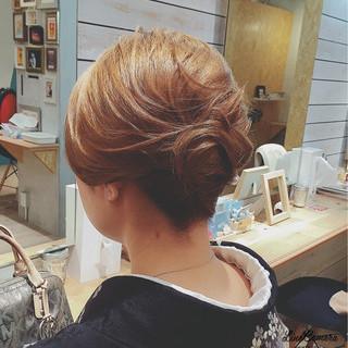 ミディアム 夜会巻 アップスタイル ヘアアレンジ ヘアスタイルや髪型の写真・画像