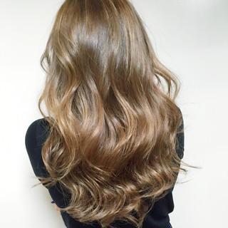 夏 アッシュ ハイライト ヘアアレンジ ヘアスタイルや髪型の写真・画像