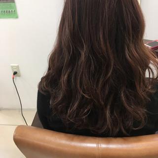 ラベンダーアッシュ ロング ナチュラル ピンク ヘアスタイルや髪型の写真・画像