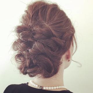 ヘアアレンジ セミロング ロープ編み 三つ編み ヘアスタイルや髪型の写真・画像