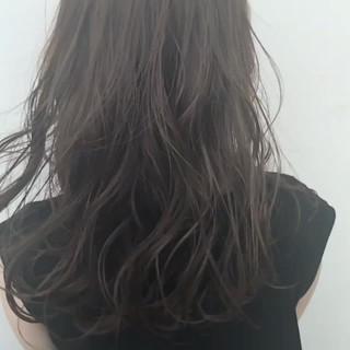 セミロング 外国人風 アッシュ ナチュラル ヘアスタイルや髪型の写真・画像