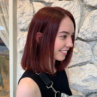 ヘアカラー ストリート カシスレッド ミディアム ヘアスタイルや髪型の写真・画像