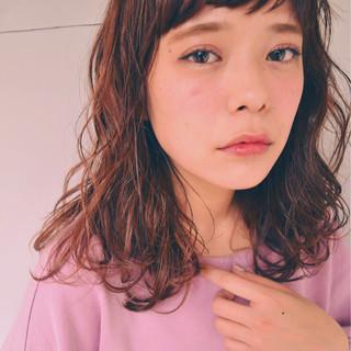 暗髪 冬 ストリート ミディアム ヘアスタイルや髪型の写真・画像