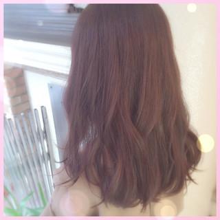セミロング ベージュ ピンク ナチュラル ヘアスタイルや髪型の写真・画像