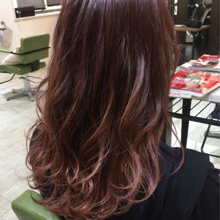 セミロング フェミニン ベージュ 透明感 ヘアスタイルや髪型の写真・画像