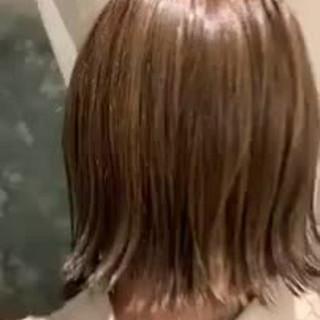 切りっぱなしボブ ハイライト ゆるふわ ボブ ヘアスタイルや髪型の写真・画像