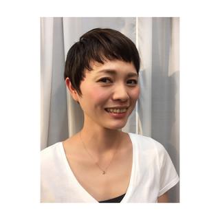 小顔 モード 黒髪 ベリーショート ヘアスタイルや髪型の写真・画像 ヘアスタイルや髪型の写真・画像